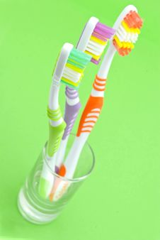 Free Colourful Toothbrushes Royalty Free Stock Image - 15874496