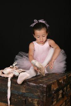 Free Brunette Ballet Girl Stock Image - 15875731