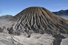 Free Volcano In Gunung Bromo Valley Royalty Free Stock Photos - 15876158