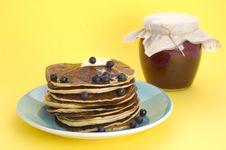Free Homemade Pancakes Royalty Free Stock Photo - 15877295