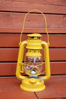 Free Kerosene Lamp Royalty Free Stock Photo - 15878485