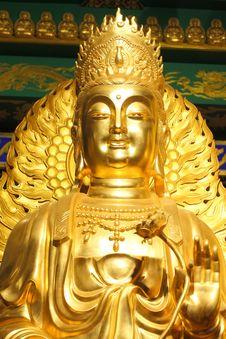 Free A Big Golden Buddha Royalty Free Stock Photos - 15880518