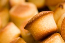 Free Mini Pound Cakes Royalty Free Stock Photos - 15880638