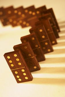 Free Row Of Wooden Dominoes Royalty Free Stock Images - 15883749