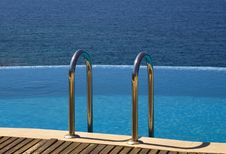 Free Infinity Pool Stock Photos - 15884273