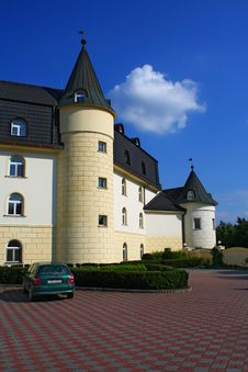 Free Chateau Style Hotel Stock Images - 15887694