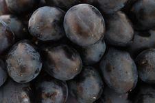 Free Grapes Royalty Free Stock Photo - 15888385