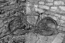 Free Old Bike Stock Photo - 15888400