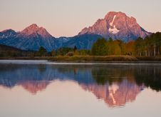 Free Early Light At Oxbow Bend Royalty Free Stock Images - 15889179