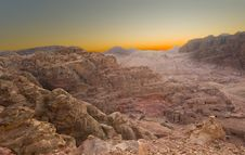 Free Sunrise In The Desert Royalty Free Stock Photography - 15889327
