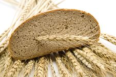 Free Bread With Wheat Stock Photo - 15890400