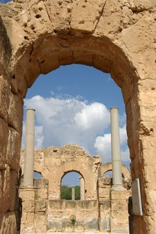 Free Columns In Leptis Magna Royalty Free Stock Photos - 15892588