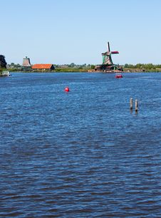 Free Mills In Holland Royalty Free Stock Photo - 15893325