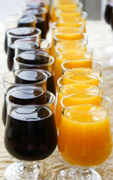 Free Red And Yelloy Juice On Banquet Royalty Free Stock Images - 15895399
