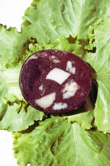 Free Blood Sausage On Salad Leaves Royalty Free Stock Photos - 15896508