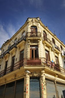 Old Havana Building Facade Royalty Free Stock Photography