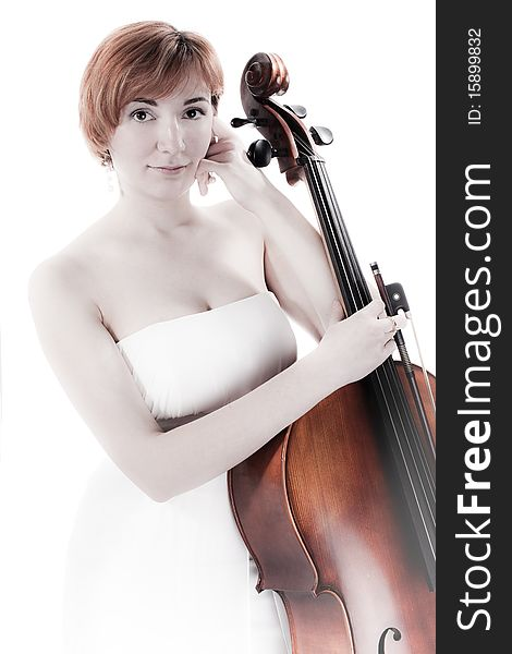 Cellist with cello