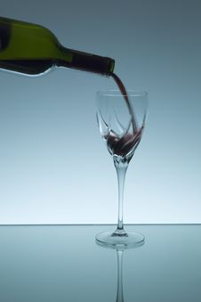 Free Pouring Red Wine Royalty Free Stock Image - 1597096