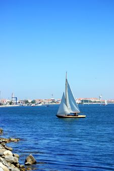 Free Sailboat On Lake, Portugal. Royalty Free Stock Photos - 15900658