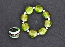 Free Green Stones Bracelet And Ring Isolated Royalty Free Stock Images - 15904029
