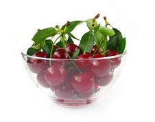 Free Cherries In Glass Bowl Stock Photography - 15906082
