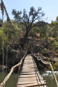 Free Old Hanging Bridge Stock Photography - 15908322