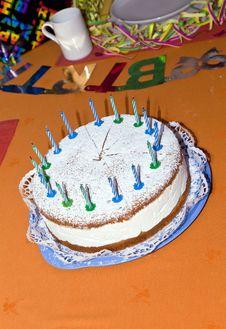Free Birthday Cake At The Table Royalty Free Stock Photos - 15908448