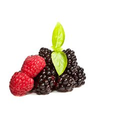 Free Ripe Black And Red Raspberries Royalty Free Stock Image - 15911306