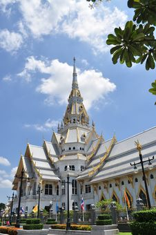 Free Temple Wat Sothorn Stock Photo - 15911770