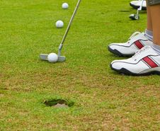 Free Putt Golf On Green Course Stock Photos - 15914673