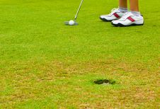 Free Putt Golf On Green Course Royalty Free Stock Images - 15914779