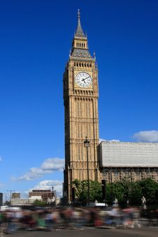 Free Famous Big Ben Clock Tower With Mooving People Stock Photography - 15917312