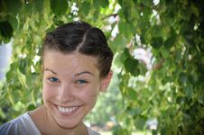 Free Young Girl Smile In The Park Stock Photography - 15918122