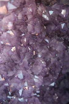 Free Amethyst Crystals Background Stock Photo - 15918410