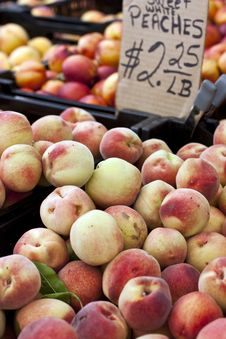 Free Peaches For Sale Stock Photos - 15919243