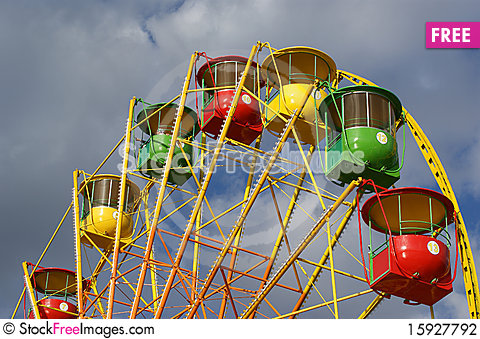 Free Attraction (Carousel) Ferris Wheel Stock Photography - 15927792