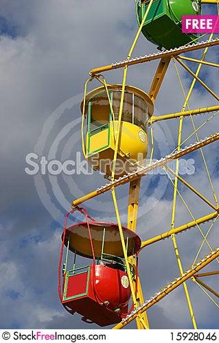 Free Attraction (Carousel) Ferris Wheel Royalty Free Stock Image - 15928046