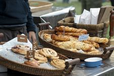 Free Croissants And Breads Royalty Free Stock Photo - 15920035