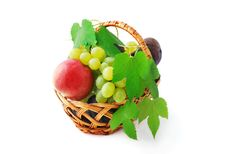 Free Basket With Fruits Royalty Free Stock Photography - 15921187