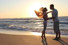 Couple Near The Sea Royalty Free Stock Images