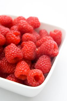 Free A Bowl Of Raspberries Royalty Free Stock Image - 15923696