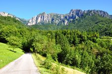 Free Mountain Road Stock Photos - 15924533