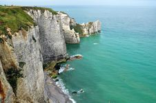 Free Cliffs In A Sea Of Emerald Stock Photo - 15924720