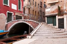 Free Canals Of Venice Stock Images - 15925634