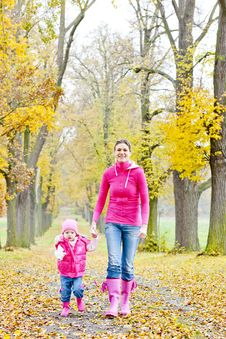Free Mother With Her Daughter Stock Photos - 15927973
