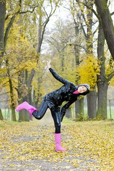 Free Woman In Autumn Stock Image - 15927981