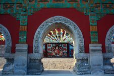 Free Red Temple Doors Royalty Free Stock Photo - 15928695
