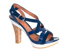 Free Stylish Blue Leather Sandals Royalty Free Stock Photo - 15928825
