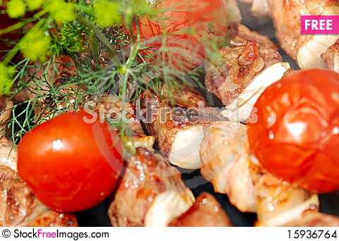 Free Meat Slices Prepare On Fire Stock Images - 15936764