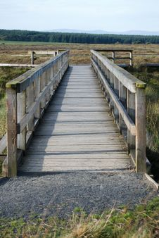 Free Countryside Bridge Royalty Free Stock Image - 15931136